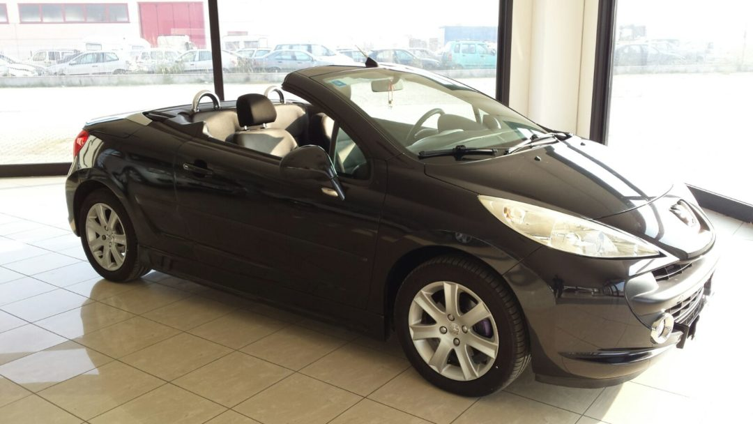 peugeot 207 cabrio coup automaini di maini marco e c sas. Black Bedroom Furniture Sets. Home Design Ideas